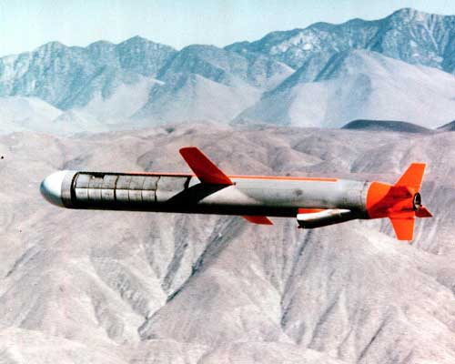 tomahawk 01 large Jenis Jenis Peluru Kendali / Missile